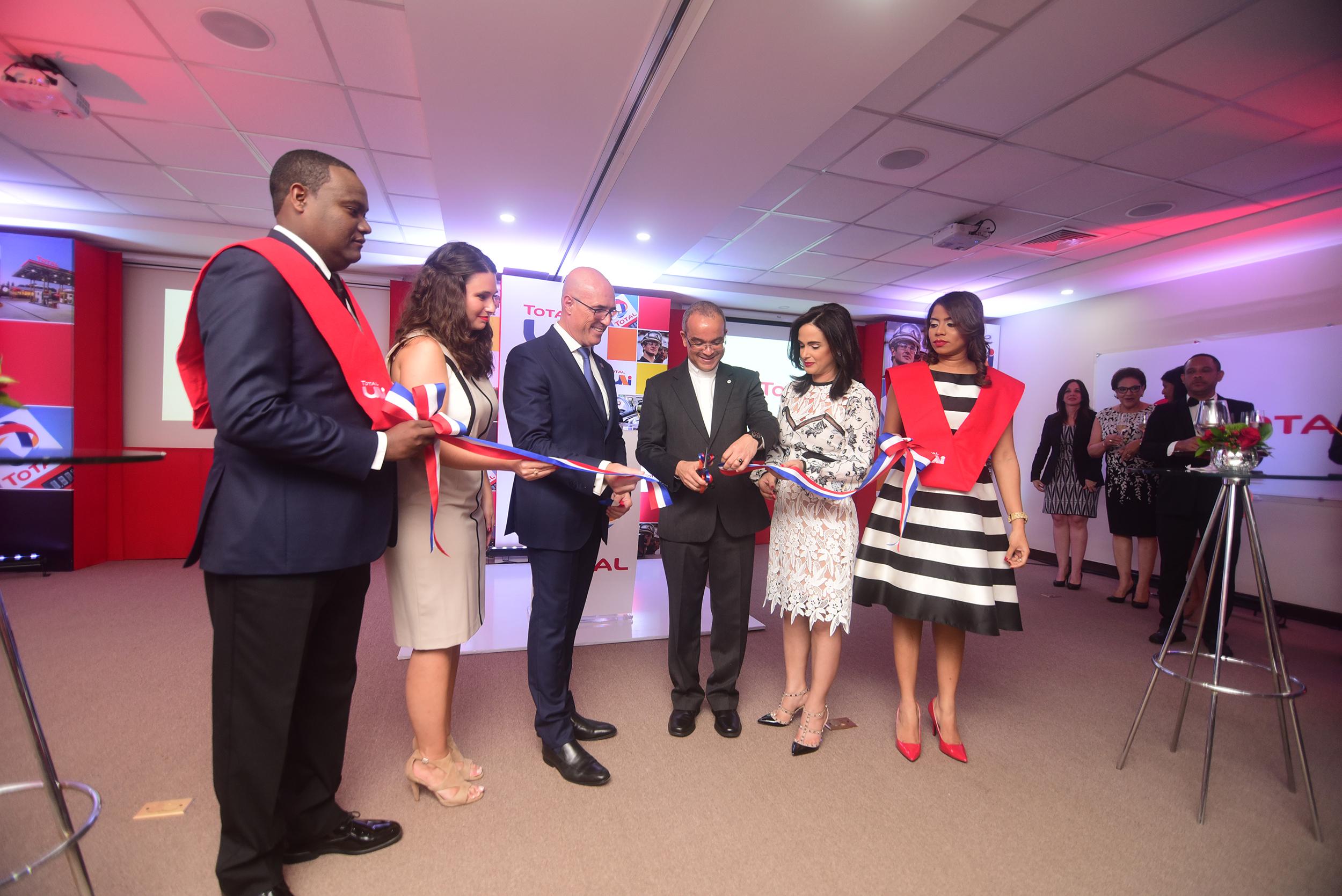 TOTAL Dominicana inaugura centro de capacitación para la región del Caribe