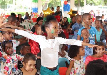 TOTAL celebra fiesta navideña a los niños de Saint Judes
